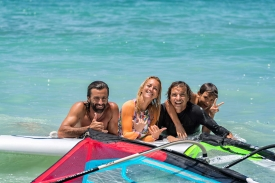 2018_boards_surf_action3