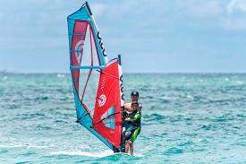 2019_Sails_surf_action2@2x