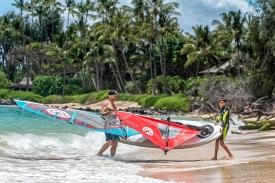 2019_Sails_surf_action3@2x