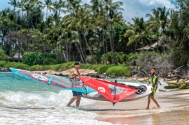 2019_Sails_surf_action3@2x